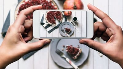 RESEARCH: Your food might actually taste better if you Instagram it first!